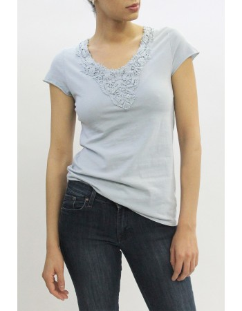 Cotton Lace Trim V-Neck Tee
